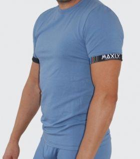 5881 Тениска
